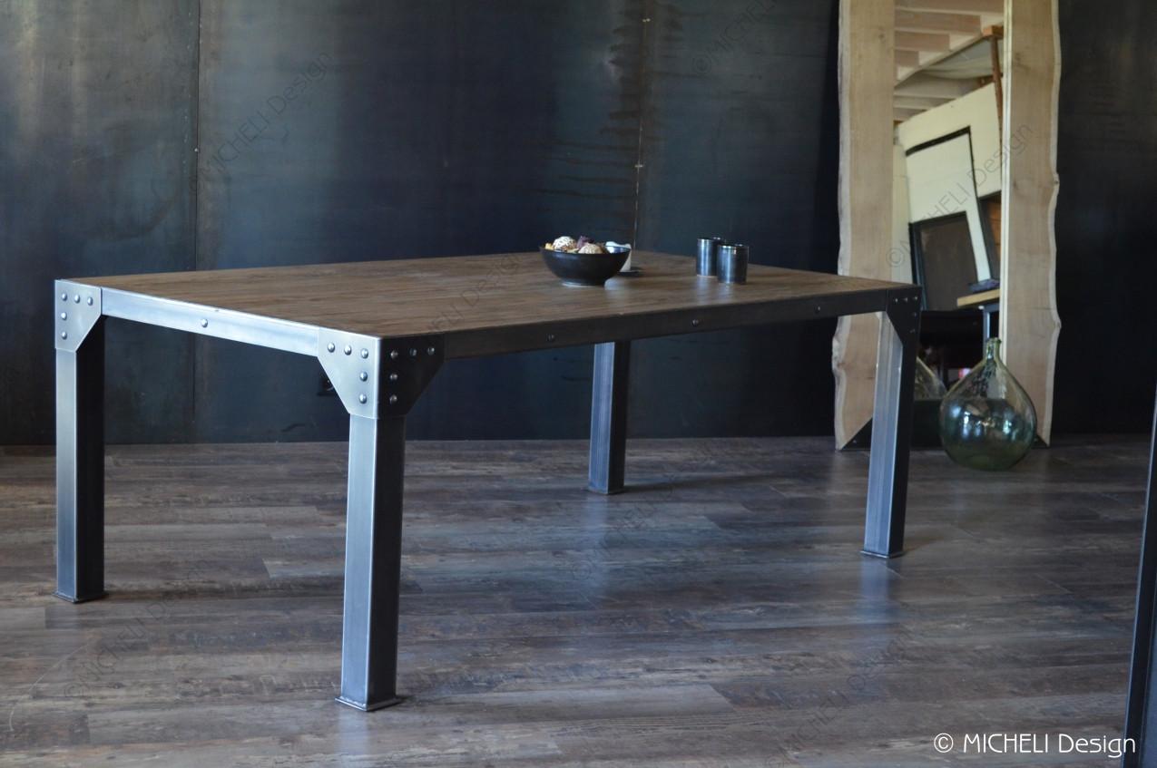Table À Manger Industrielle table industrielle rivetée en bois et métal proserpine